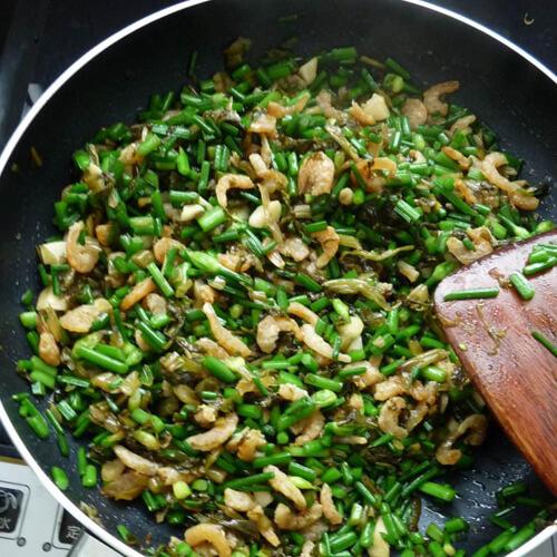 雪菜炒白虾米