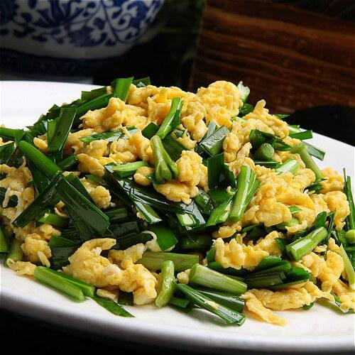 滑嫩的韭菜炒鸡蛋的做法