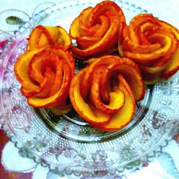 珍馐美味的苹果玫瑰酥