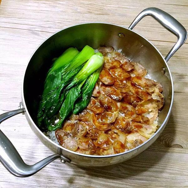 香肠石锅拌饭
