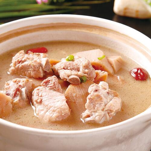 砂锅煨排骨藕汤