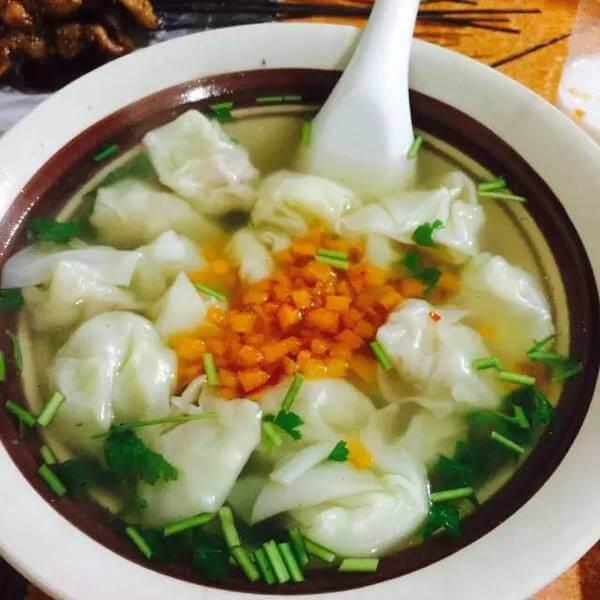 杂菜香菇瘦肉云吞