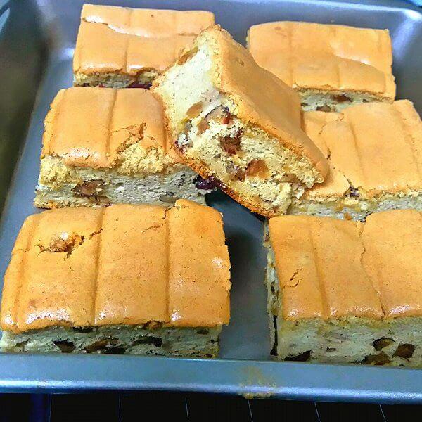 色泽鲜亮的红糖红枣戚风蛋糕
