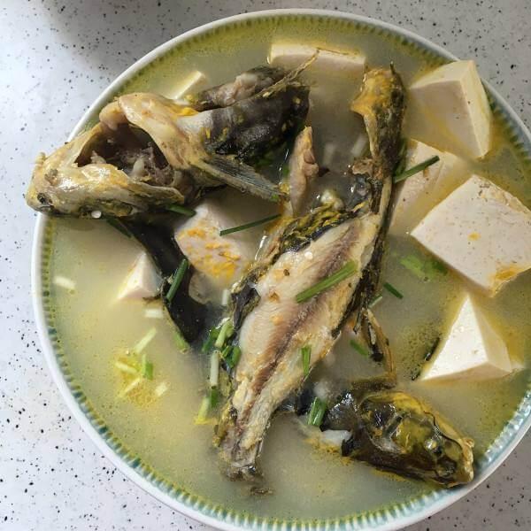 木耳昂刺鱼汤