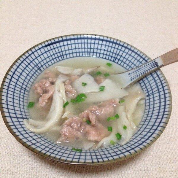 三鲜菇肉片汤
