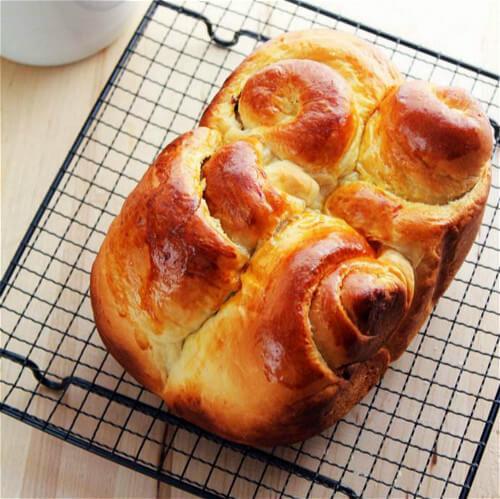 奶香蔓越莓吐司面包