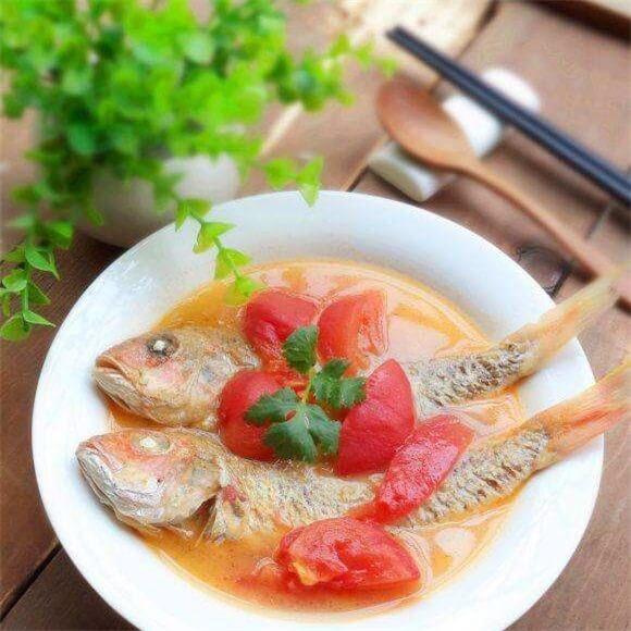 红衫鱼番茄汤