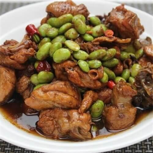 榨菜毛豆米烧鸡杂
