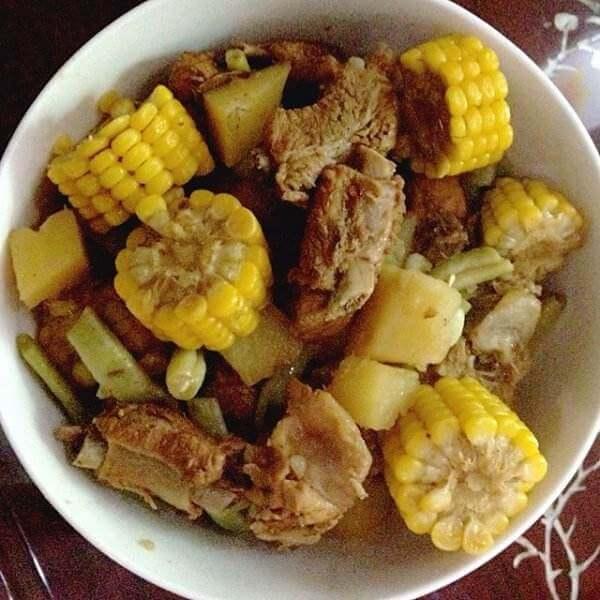 排骨玉米烧油豆泡