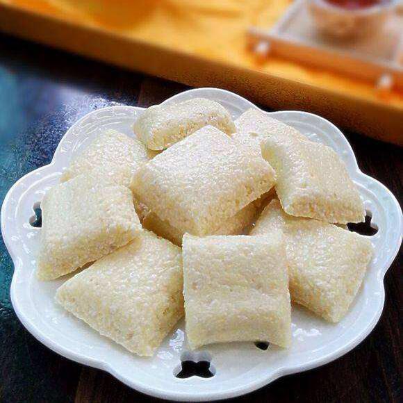 椰蓉牛轧糖
