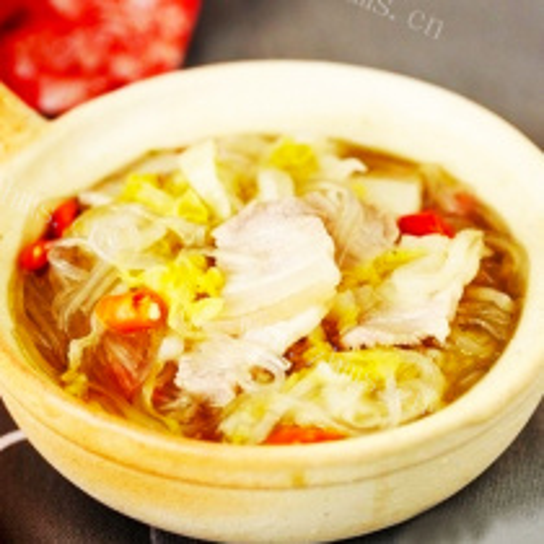 猪骨炖酸菜