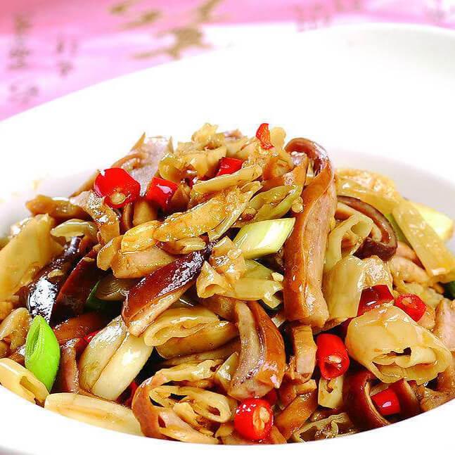姜丝辣椒炒泡菜