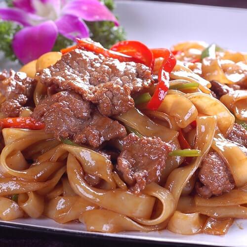 芹菜豆芽炒牛肉
