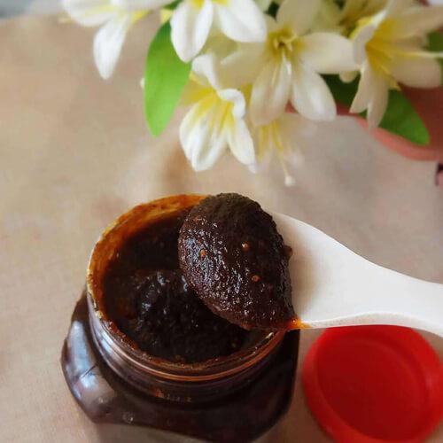 暖暖的红糖姜枣膏