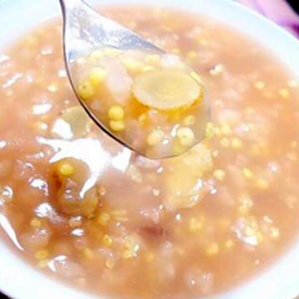 美味可口的黄芪红糖粥