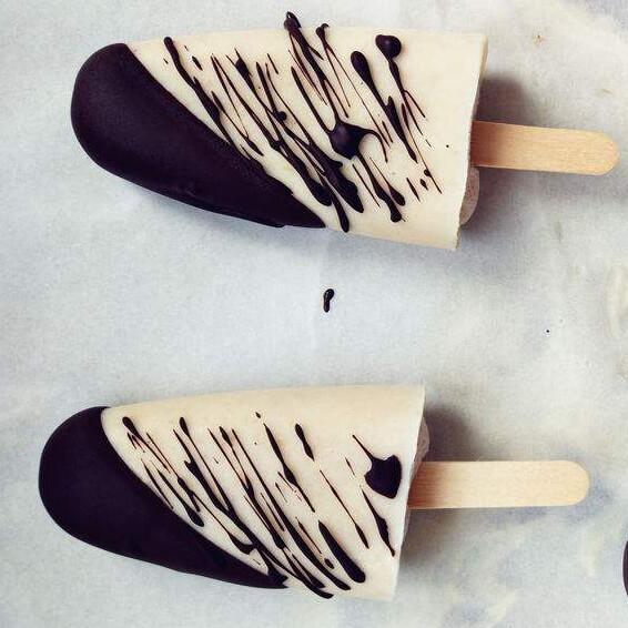 自制美味好吃的巧克力香蕉冰棍