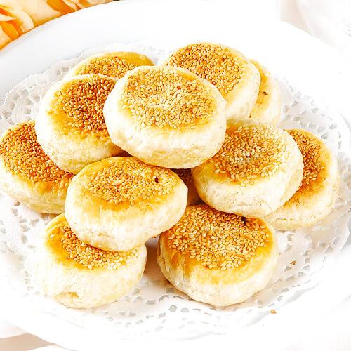 枣香酸奶豆面芝麻饼