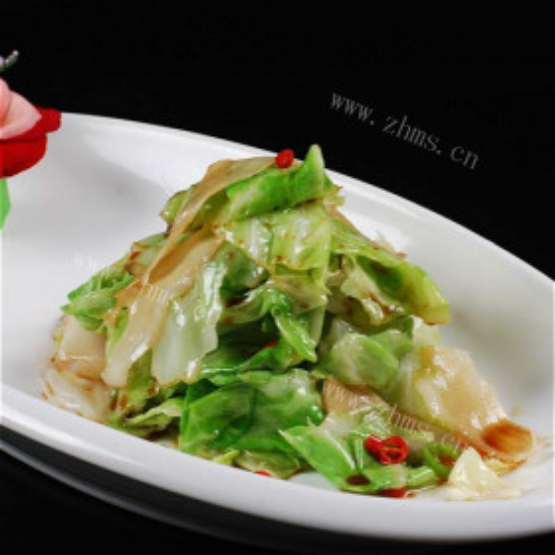 黑白菜炒包菜