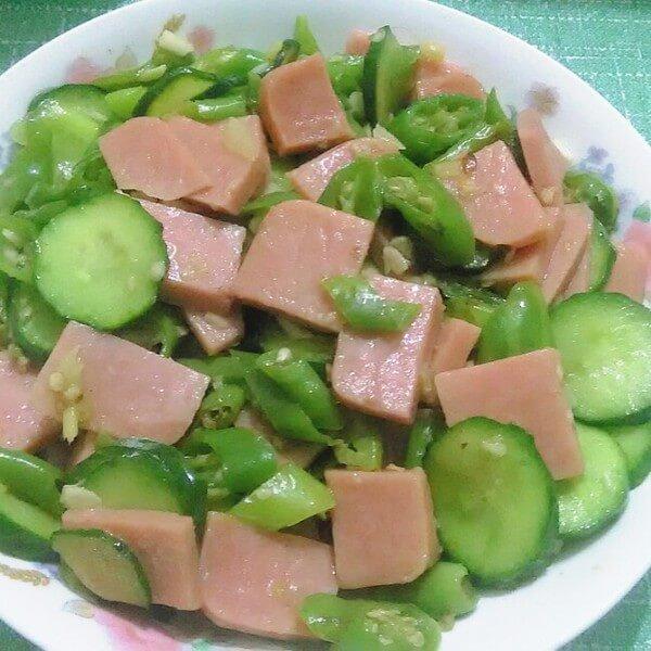 易做的尖椒黄瓜片