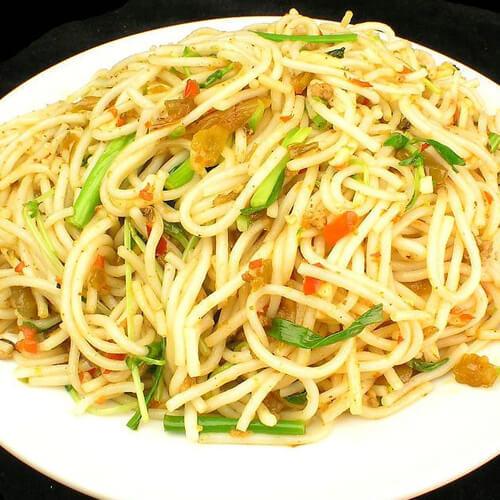 胡萝卜炒米线