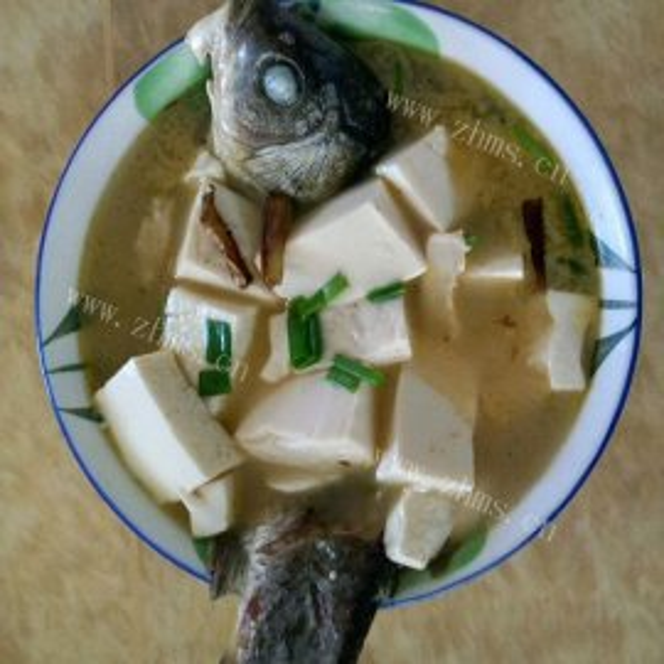 鲫鱼豆腐汤做法
