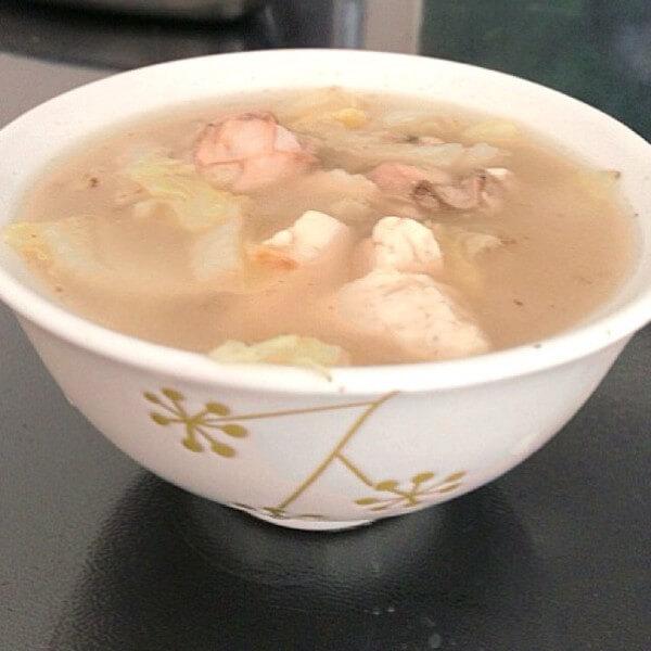 鲜甜可口的海蛎子豆腐汤