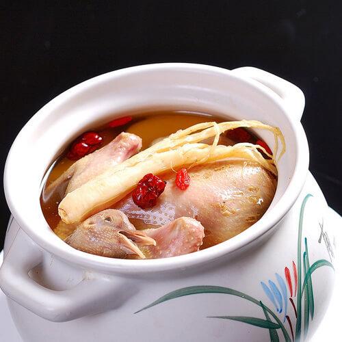 乳鸽枸杞汤