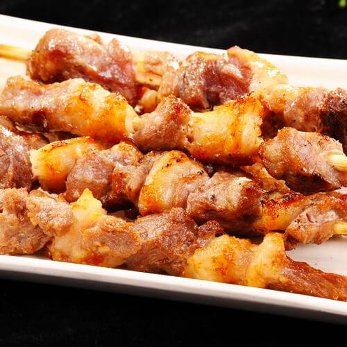 木炭烤猪肉串的做法