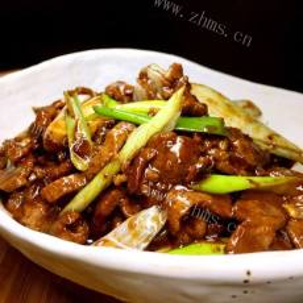 猪肉烩酸菜的做法