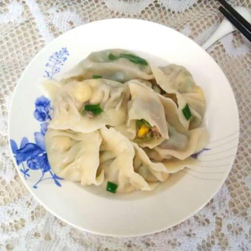 菊花菜烩蛋饺