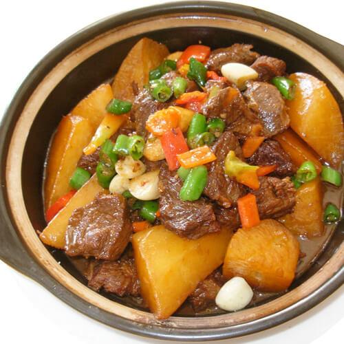 红烧牛肉炖萝卜