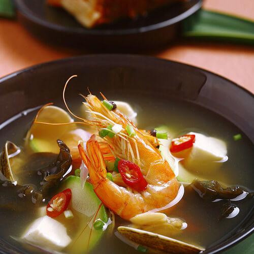 美味秋葵海鲜汤