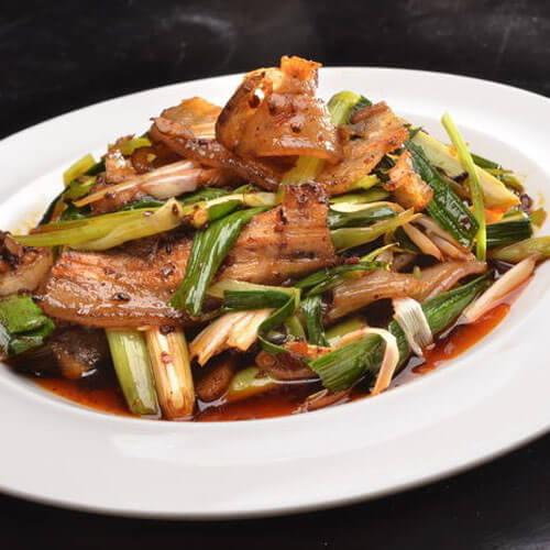 好吃的蒜苔回锅肉
