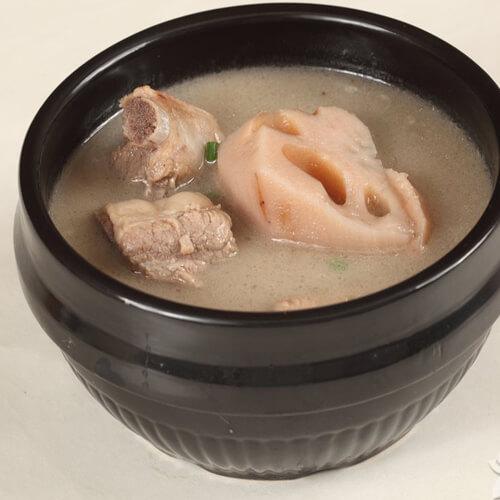 藕排骨汤的做法