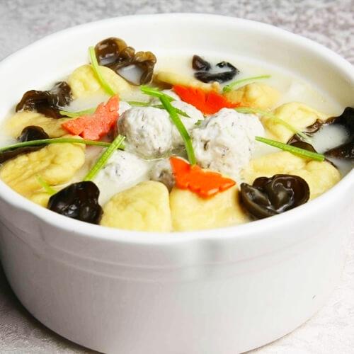 鲜美的鱼丸汤的做法