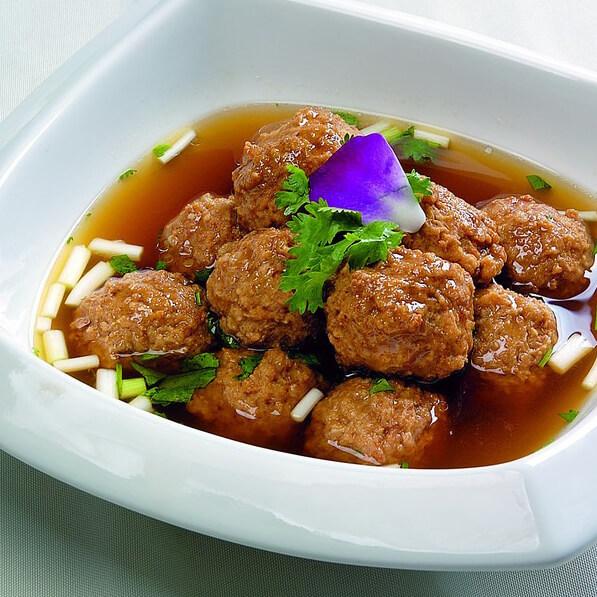 水煮猪肉丸子的做法