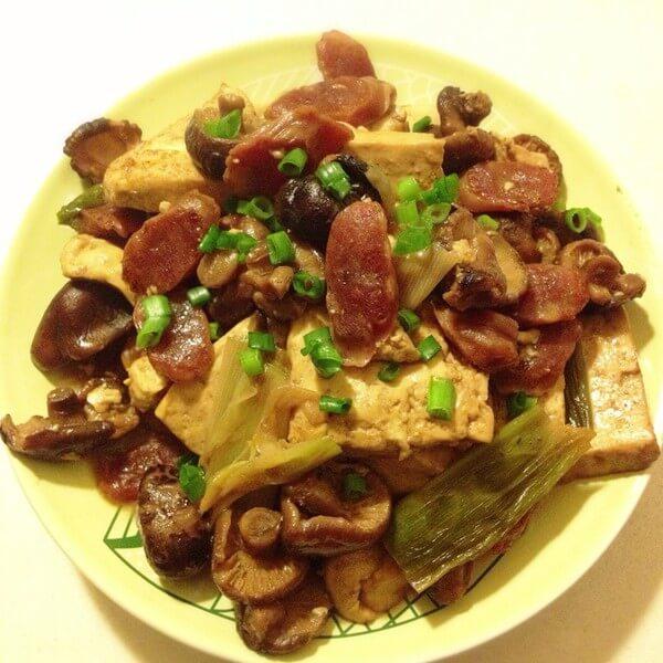 好吃的香菇烩豆腐