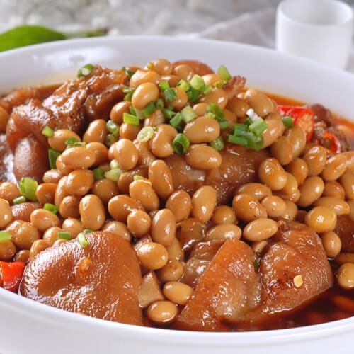 好吃的黄豆焖猪蹄的做法