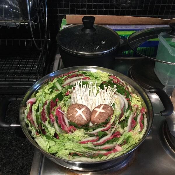 美味日式牛肉火锅