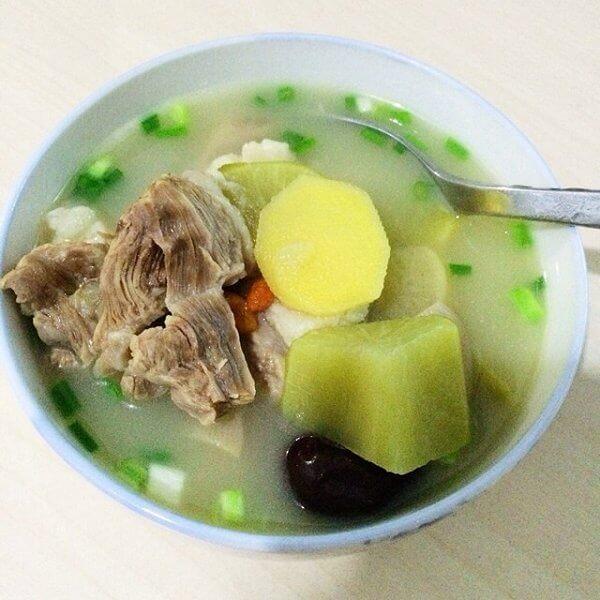 羊肉罗卜汤的做法