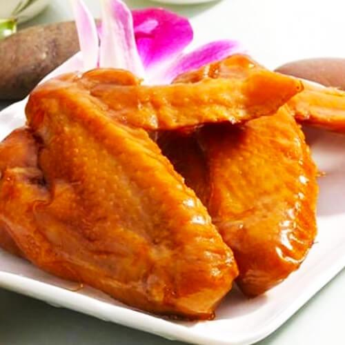 香喷喷的卤鸡翅