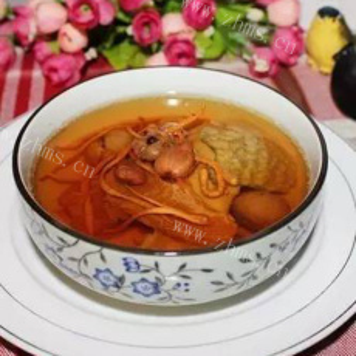 美味的木棉花煲汤