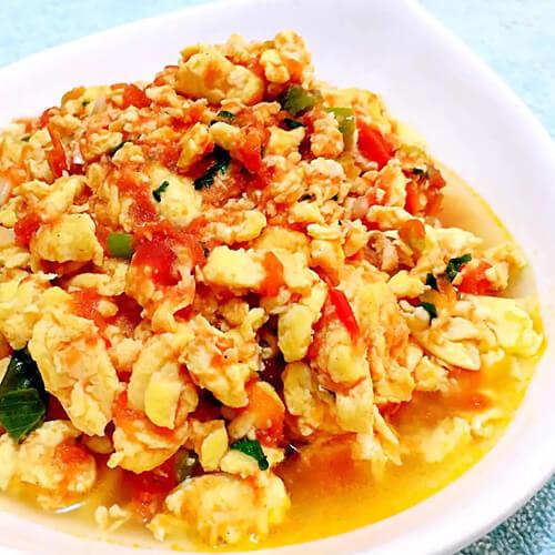 美味的圆白菜炒西红柿