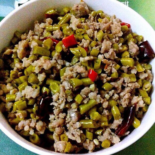 简单的肉沫酸豇豆的做法