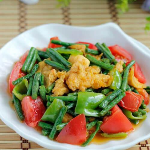 豇豆炒西红柿