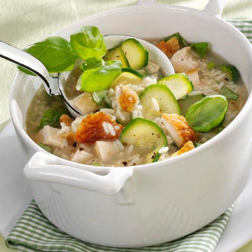 美味排骨焖米饭