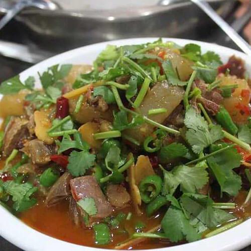 自制酸辣羊肉汤锅的做法