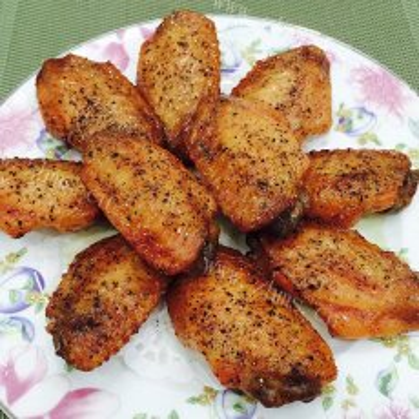 炭火烧烤鸡翅的做法