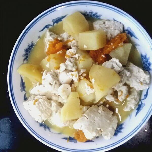 土豆炖豆腐的做法