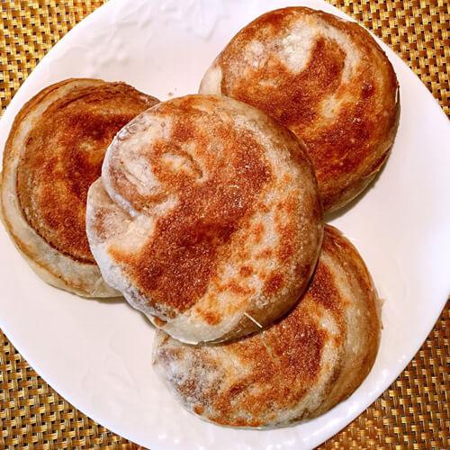家庭自制葱肉饼(半烫面法)